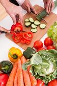 Coppia tritare verdure — Foto Stock