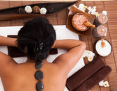 Young Woman Relaxing In A Spa Treatment — Stock Photo