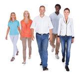 Multiethnische gruppe von menschen — Stockfoto