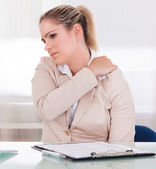 Young Businesswoman Suffering From Shoulder Pain — Stock Photo
