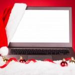 laptop med santa hatt — Stockfoto