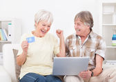 Senior Couple Shopping Online — Stock Photo
