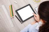 человек с цифровой планшет и студент аксессуары — Стоковое фото