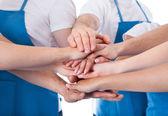 Grupo de limpiadores de manos de apilamiento — Foto de Stock