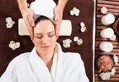 Young Woman Receiving Head Massage — Stock Photo
