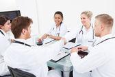 Médicos la mano — Foto de Stock