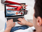 Man Watching 3D Movie On Laptop — Stock Photo