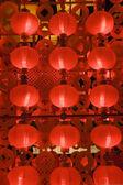červené lucerny v noci pro čínský nový rok — Stock fotografie