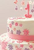 Первый торт ко дню рождения — Стоковое фото