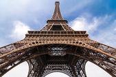 在巴黎的埃菲尔铁塔 — 图库照片
