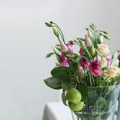 Lisianthus flowers bunch — Zdjęcie stockowe