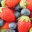 Strawberries and Blueberries mix — Stock Photo