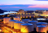 Oil tank at night — Stock Photo
