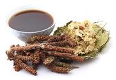 Hierbas medicinales chinas con bebida — Foto de Stock