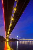 Bottom view of the suspension bridge — Stock Photo