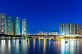 Residential district in Hong Kong at night — Stockfoto