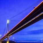 pont suspendu à hong kong dans la nuit — Photo #32514877