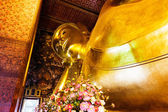 Reclining buddha in Wat Pho — Stock Photo