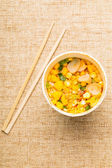 Instant noodles and chopstick — Stockfoto
