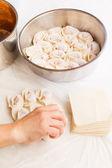 Making Chinese dumplings — Stock Photo