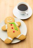姜饼人和咖啡 — 图库照片