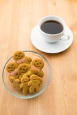 Gingerbread man with coffee — Stock Photo
