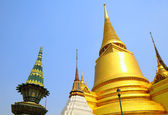 Golden pagoda in the Grand Palace — Stock Photo