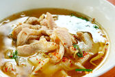 Wieprzowina zupa z makaronem — Zdjęcie stockowe