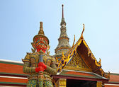 Staty i grand palace i bangkok — Stockfoto