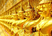 Row of buddha statue in grand palace — Foto Stock