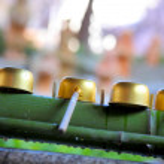 Bamboo water fountain in Japanese garden — Stock Photo