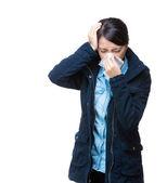 Asia woman sneeze and headache — Zdjęcie stockowe