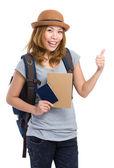 Asya kadın backpacker pasaport ve başparmak gidiyor — Stok fotoğraf