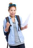 Mujer asiática con mochila y viajes información — Foto de Stock