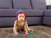 Asie petite fille à la maison — Photo