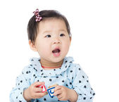 Little girl feel so happy — 图库照片