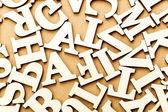 Lettera in legno casuale — Foto Stock