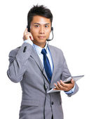 Help desk operator with tablet — Stock Photo