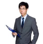 Empresario con portapapeles — Foto de Stock