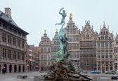 Belgium, Antwerp. Town hall and fountain. — Stock Photo