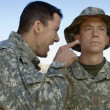 Soldier Yelling At Colleague — Stockfoto