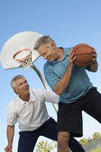 Men Playing Basketball — Stock Photo