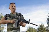 Soldier With Machine Gun — Stock Photo