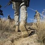 Soldiers Walking In Desert — Stock Photo #21800007