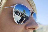 Police Officer Reflected in Sunglasses — Stock Photo