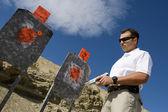 Man With Hand Gun Near Targets At Firing Range — Stock Photo