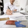 Businessman Working At Desk — Stockfoto