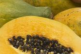 Scheiben saftiger papaya — Stockfoto