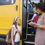 autobus convitto studenti elementari — Foto Stock