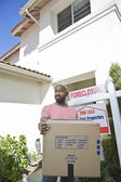 Bankrupt Man Moving Out Of House — Stock Photo